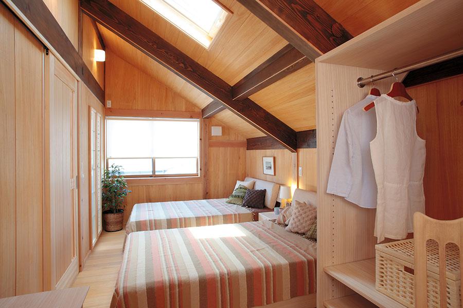 郷の家主寝室